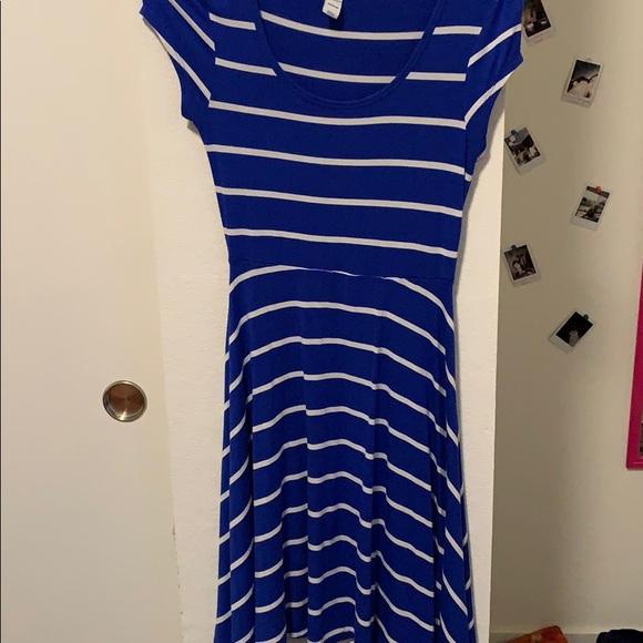 Old Navy Dresses & Skirts - Blue striped dress
